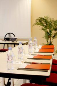 salle-reunion-hotel-acropole-ricamarie
